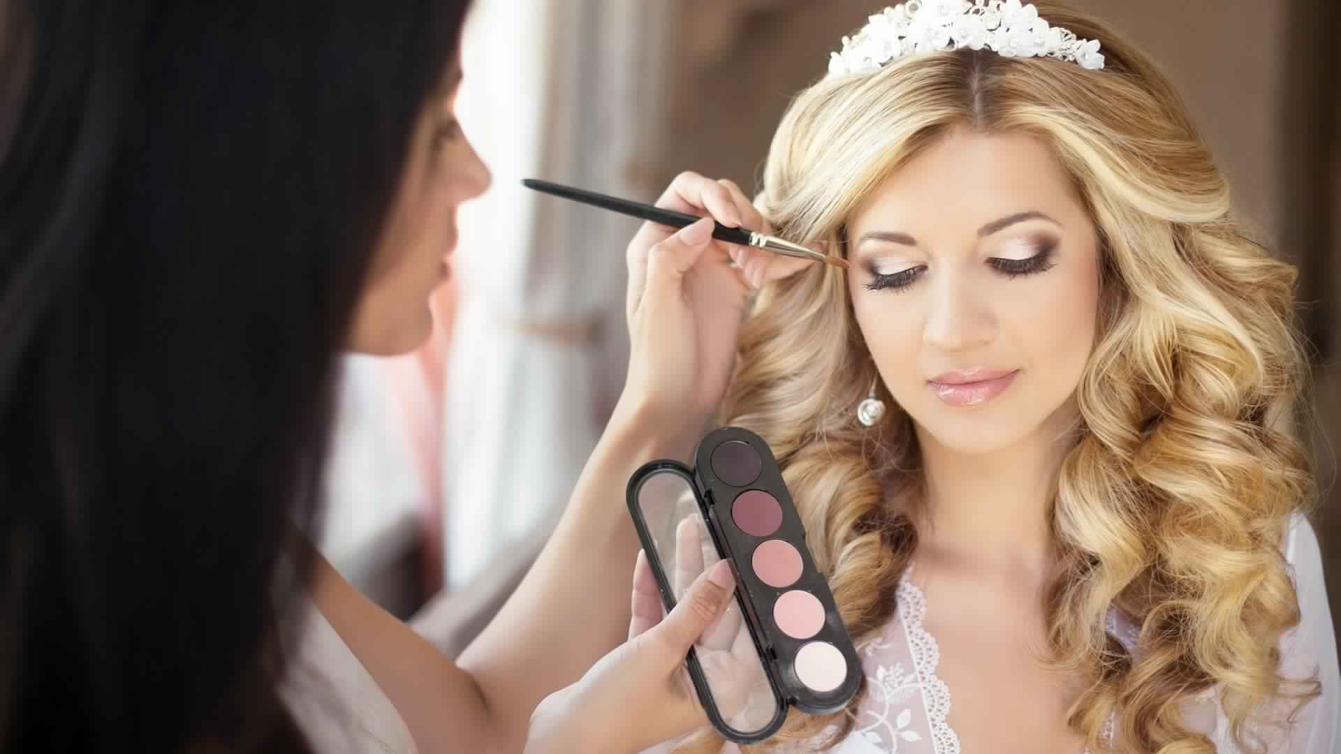 Beauty Cosmetics Artists