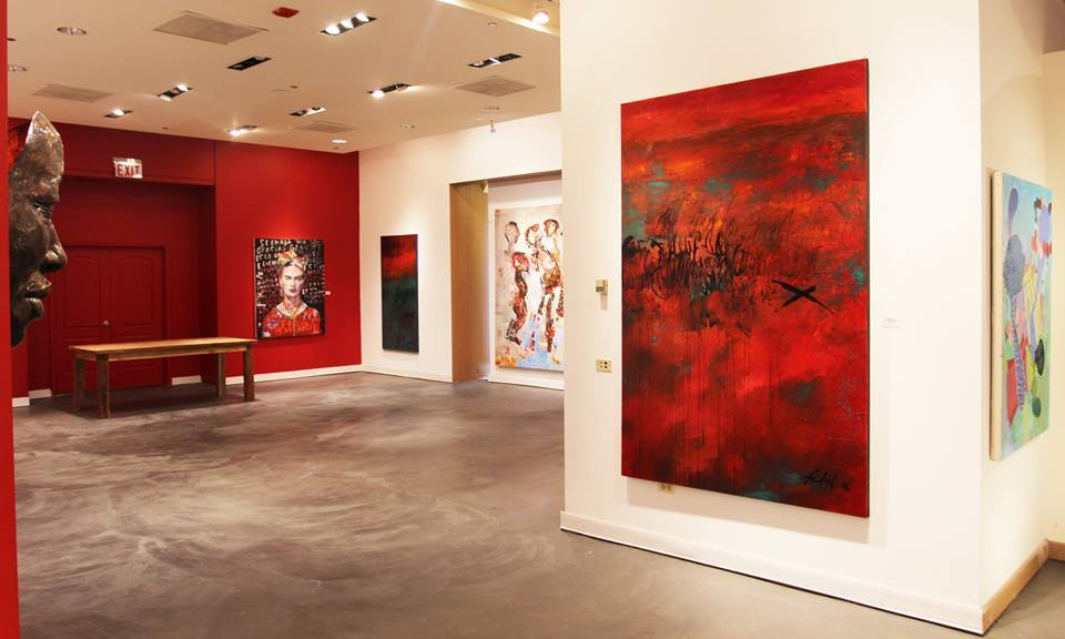 Art Galleries & Dealers